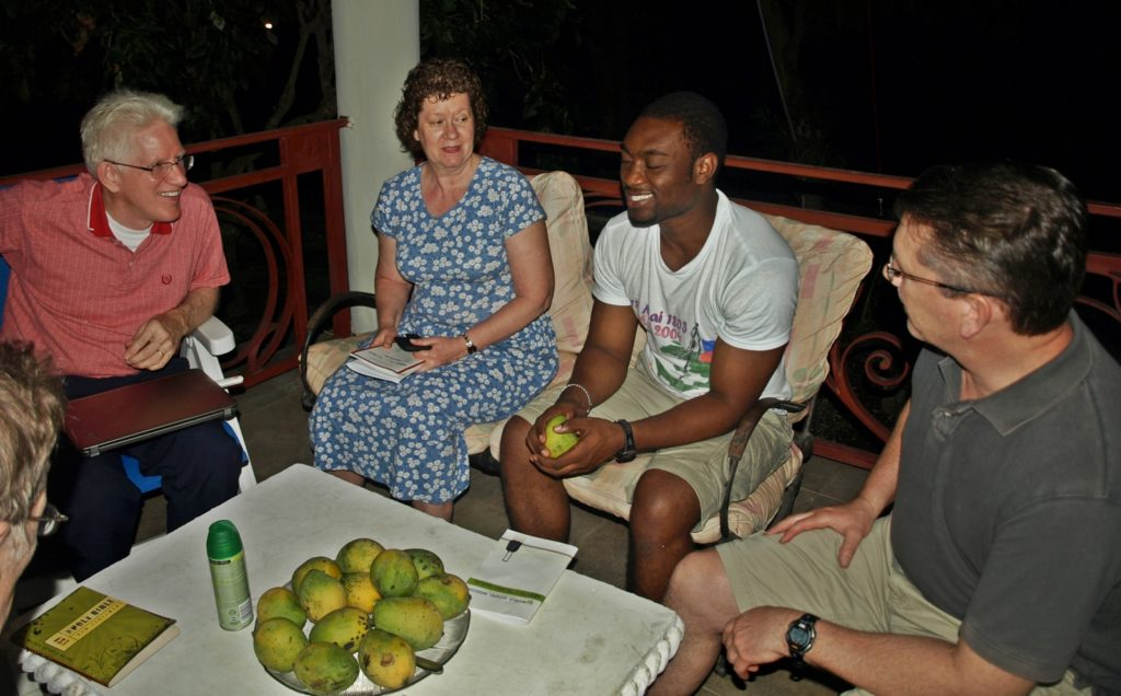 Learning how to properly eat a mango, Petit Goave