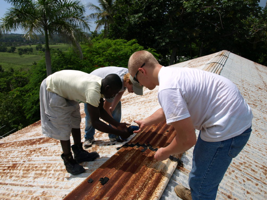 Roof repair, Cite Lumiere studio, Cayes, 2010